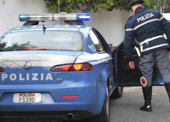 rapina villa Riano