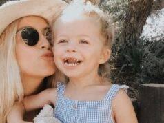 Ashley Stock, terribile lutto per l'influencer: la figlia mu