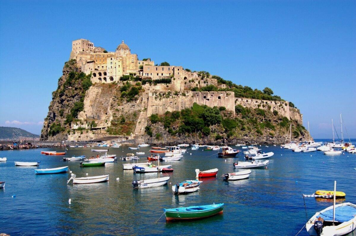 Vacanze estate 2020 ad Ischia: cosa vedere