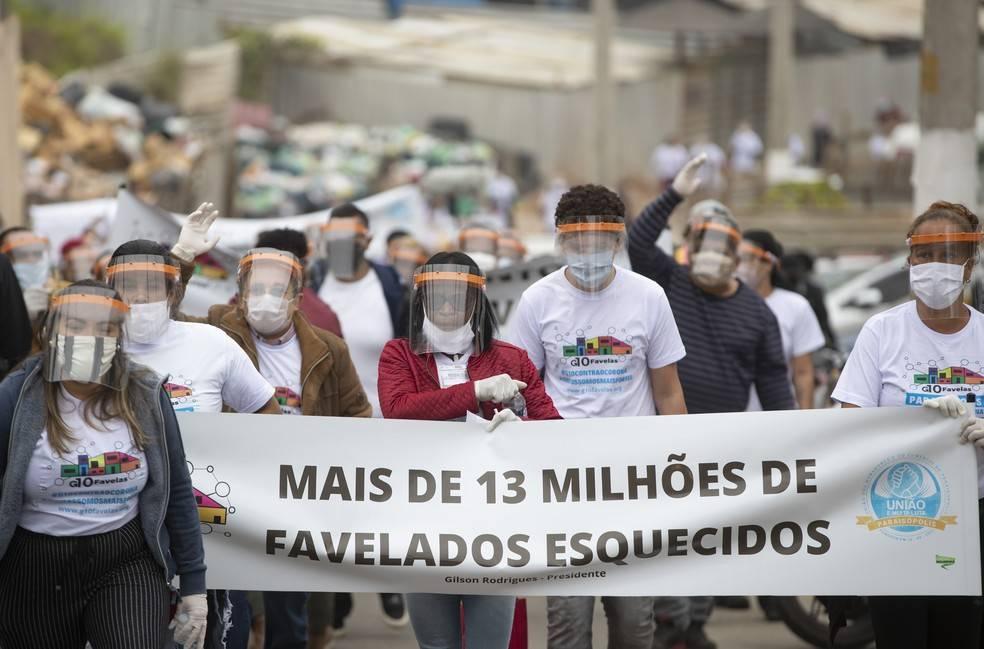 favelas abbandonate a se stesse durante l'emergenza coronavirus