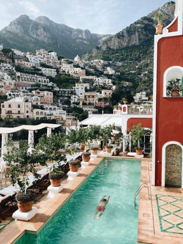 Andrea Vetrano: Luxury Travel influencer