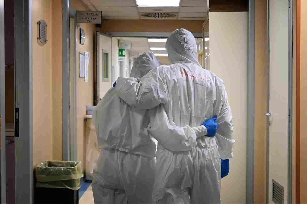 tagli medici infermieri