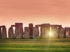 solstizio d'estate Stonehenge 2020