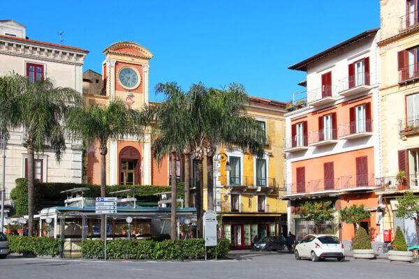 Cosa vedere a Sorrento: Piazza Tasso