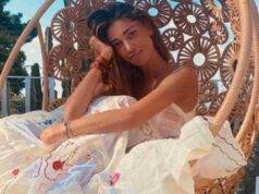 Belen Rodriguez | la sua estate calda | che bacio con Antino