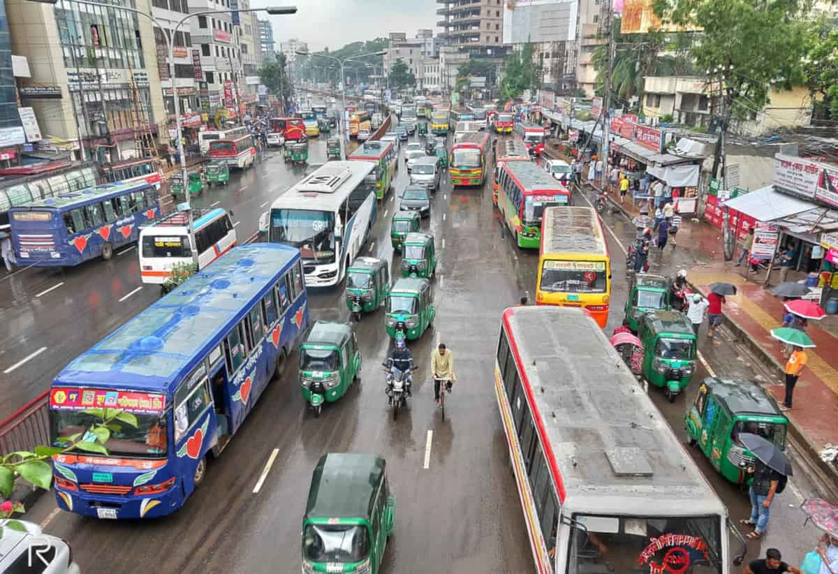 sospesi voli bangladesh