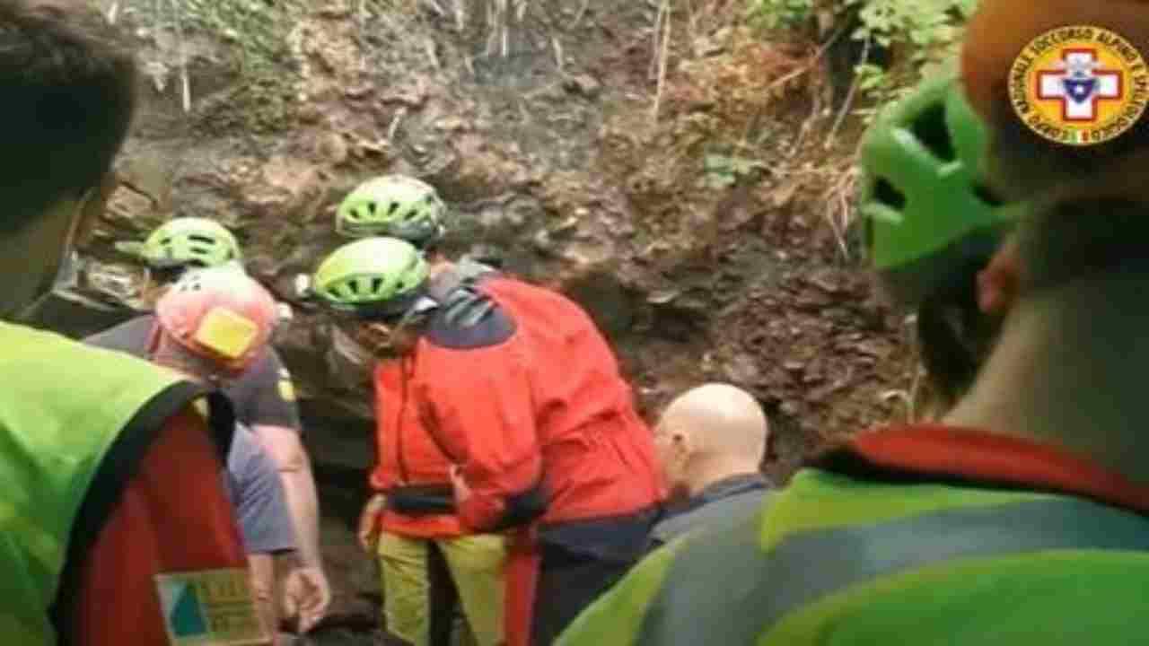 Speleologi bloccati in grotta