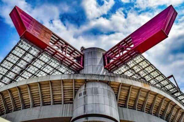 Lo Stadio San Siro, un monumento per le vittime del Covid-19