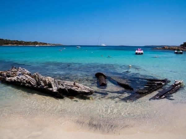 spiaggia relitto