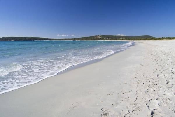 spiaggia porto pino sardegna