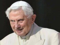 """""""Benedetto XVI in gravi condizioni di salute"""". A rivelarlo è il suo biografo ufficiale. Il Papa emerito ha un'infezione al viso"""