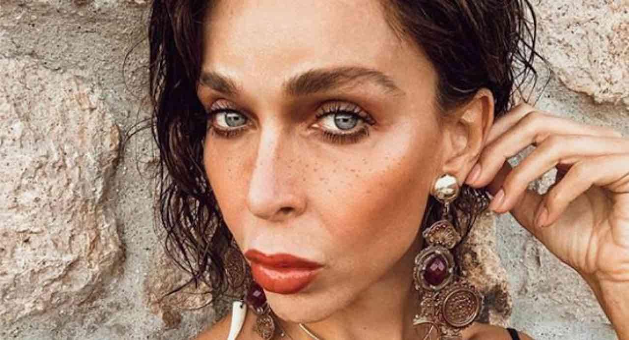 Vittoria Schisano grave incidente sul palco, ha rischiato la vita davanti a tutti