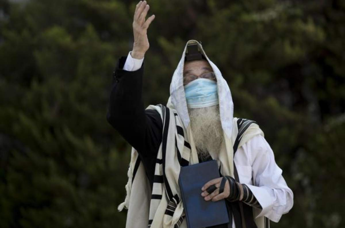 Picco di contagi, Israele richiude tutto: lockdown di 3 settimane