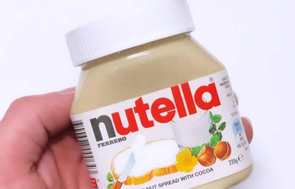 """Food Blogger mostra la Nutella Bianca, il web si scatena: """"Dobbiamo averla"""""""
