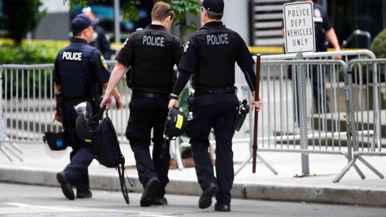 polizia brutale Stati Uniti
