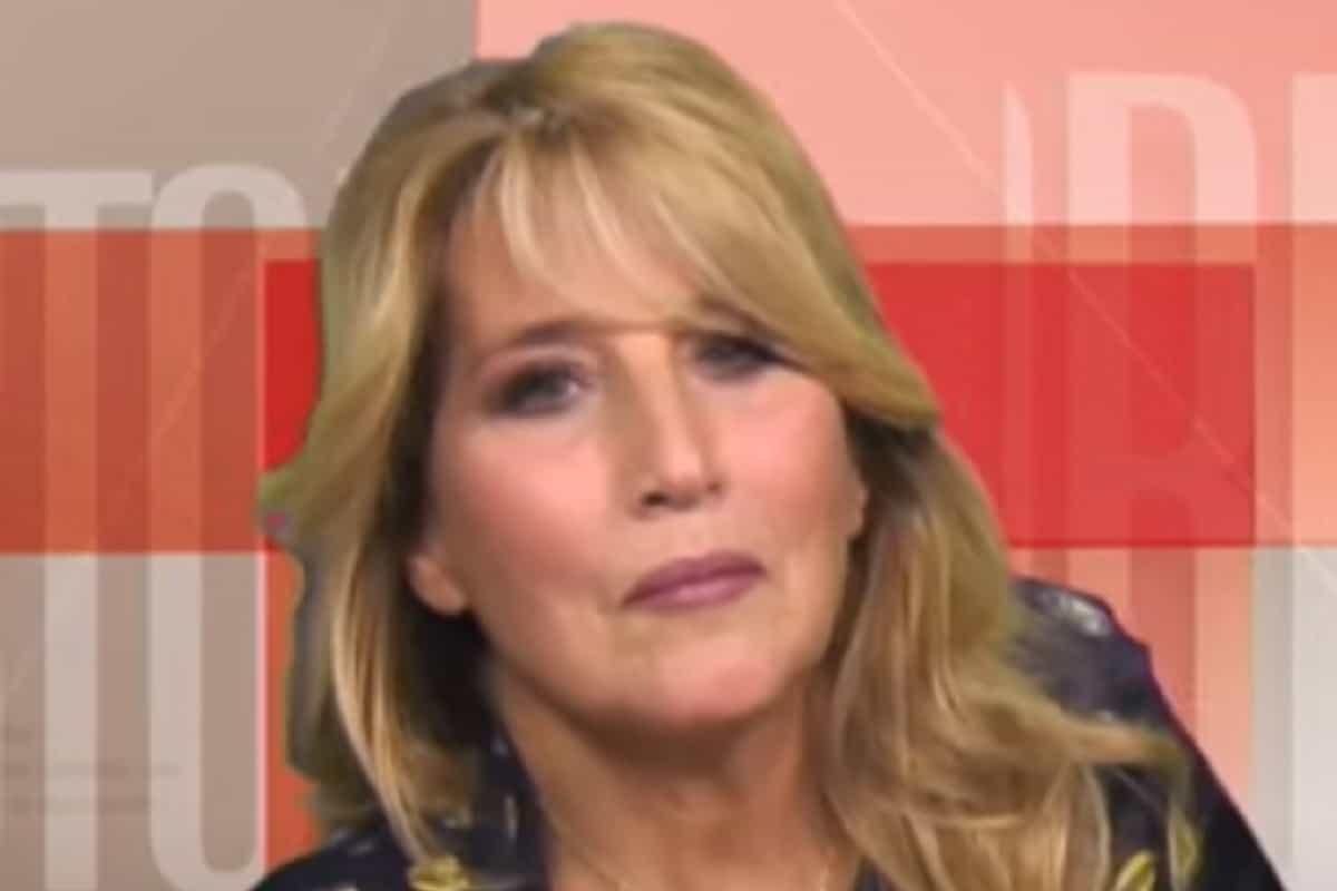 """Jo Squillo in diretta tv: """"Avevo predetto il Coronavirus"""" - VIDEO"""