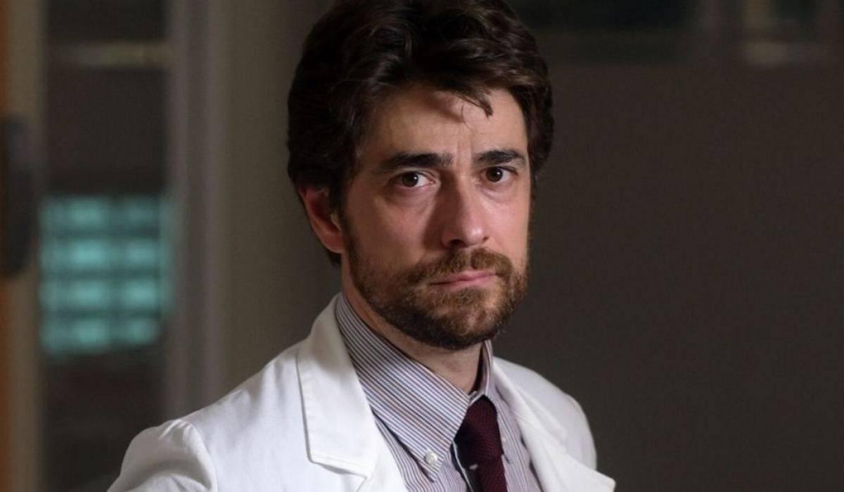 Giovanni Scifoni, chi è l'attore di Doc  Nelle tue mani: età, moglie, carriera