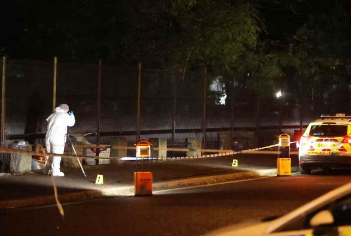 Passante ucciso nei pressi della stazione: aperta la caccia all'uomo
