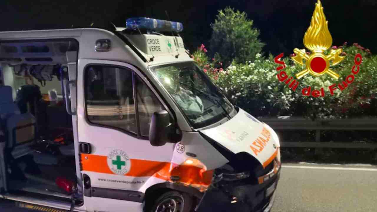 incidente stradale ambulanza