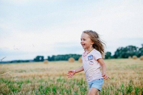 La natura fa bene ai bambini