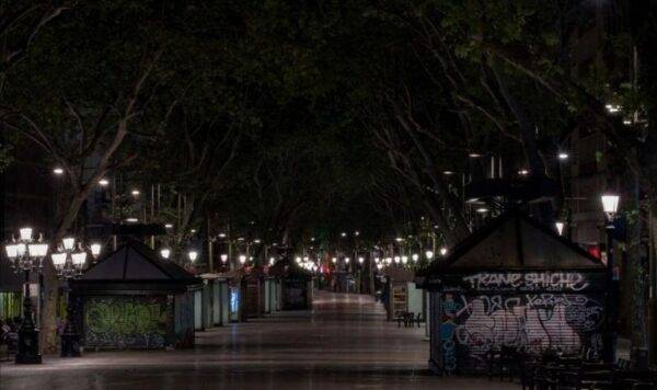 la rambla di Barcellona deserta