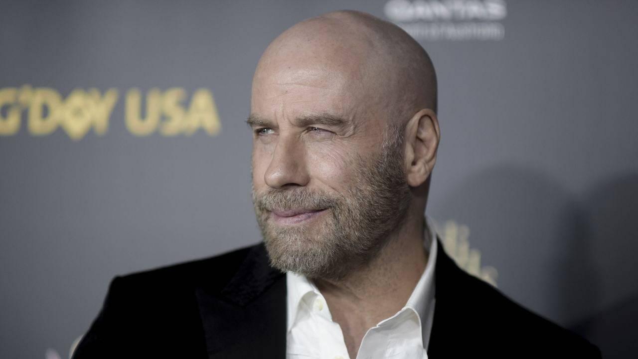 John Travolta in lutto: dopo la moglie, un secondo dolore lo attanaglia