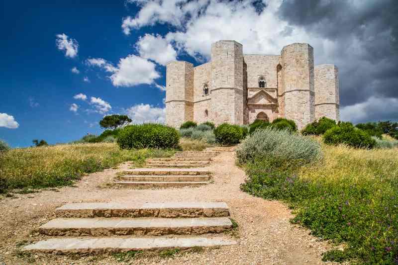 Castel del Monte, Puglia castelli belli Italia Natale