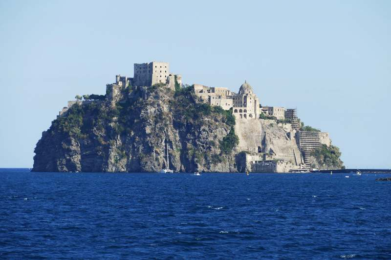 Castello Aragonese, Campania castelli belli Italia Natale
