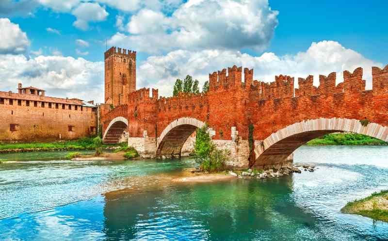 Castelvecchio, Veneto castelli belli Italia Natale