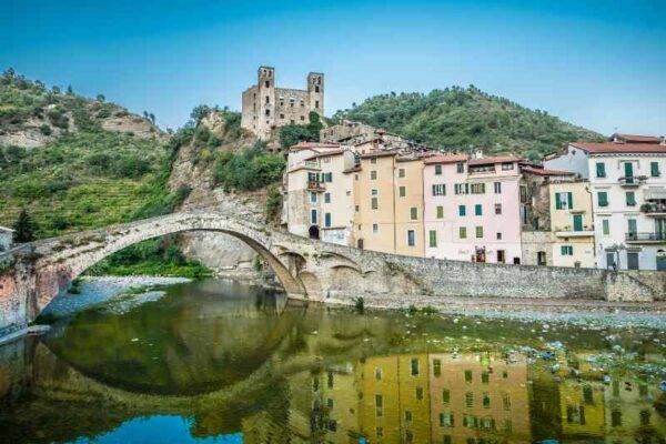 """""""il gioiello di Leggerezza"""" di Monet borghi belli Liguria inverno"""