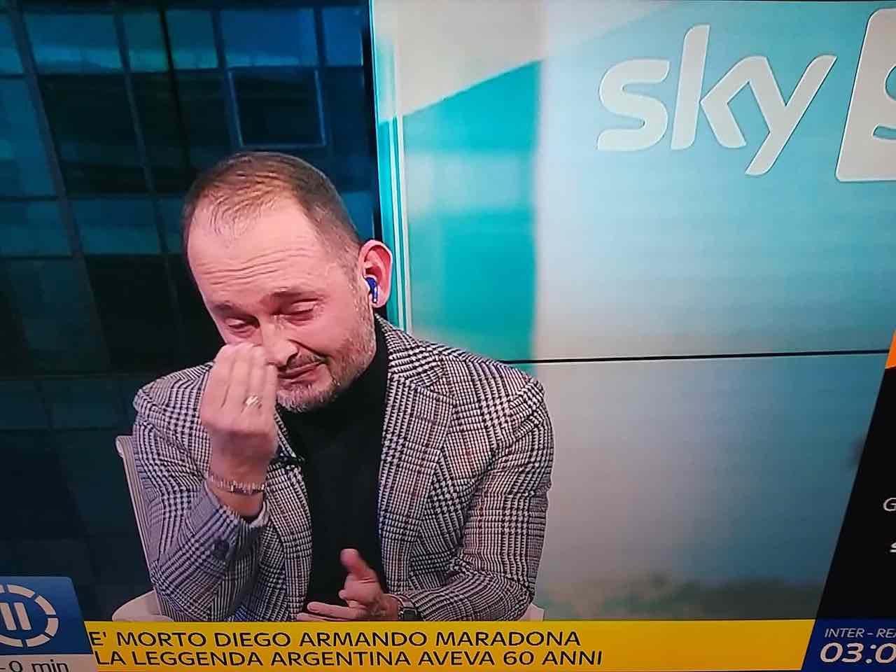 Gianluca Di Marzio in lacrime a Sky Sport 24 per Diego Armando Maradona