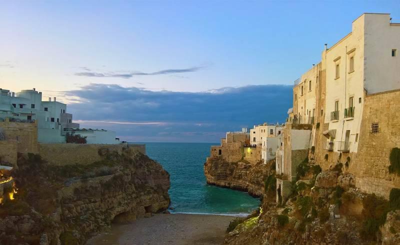 Polignano a mare, Puglia borghi mare inverno