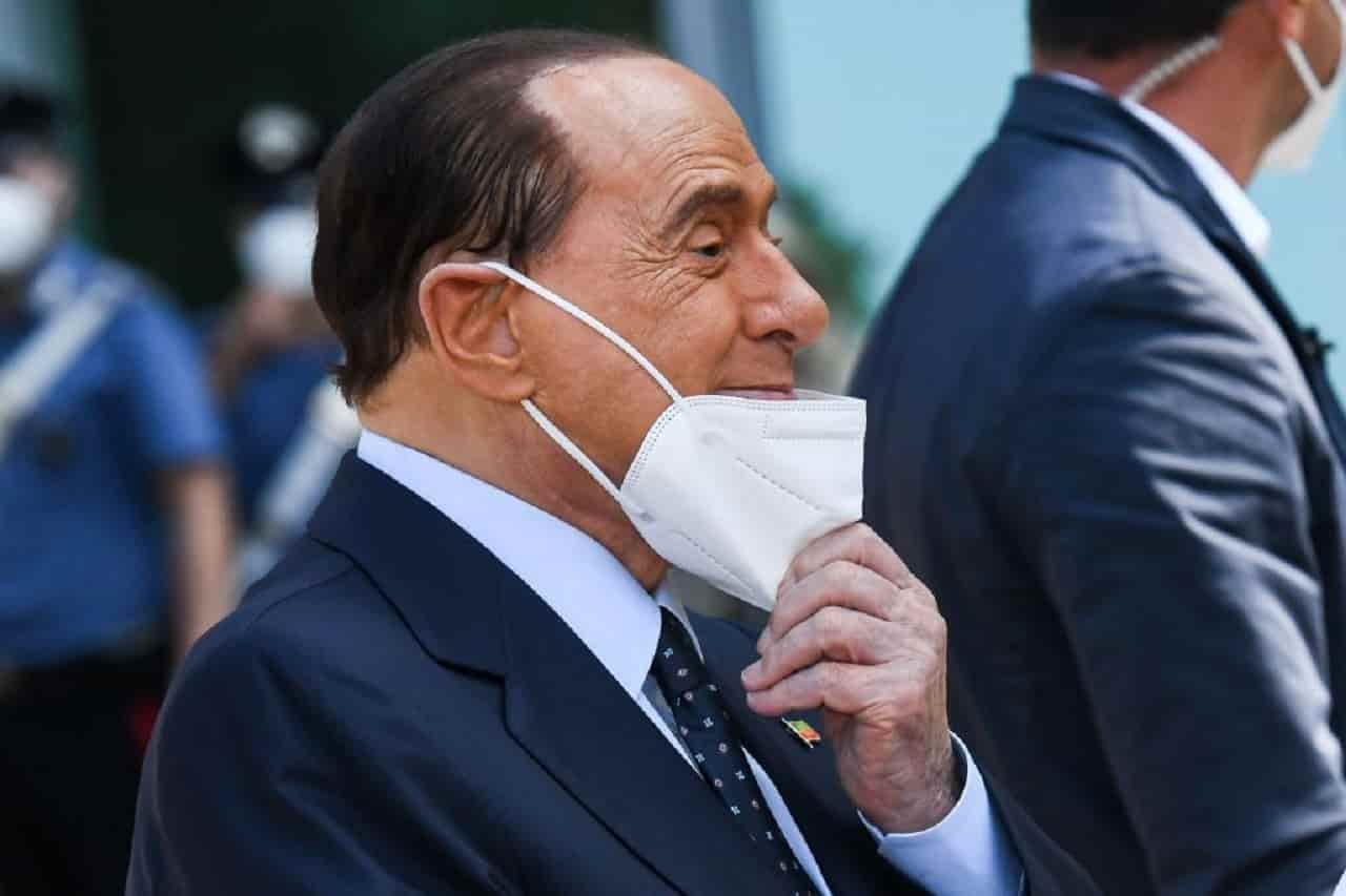 Silvio Berlusconi è grave: peggiorate le condizioni dell'ex premier