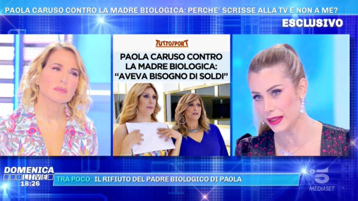 Paola Caruso |  frase choc sulla madre |  sbotta anche Barbara D'Urso