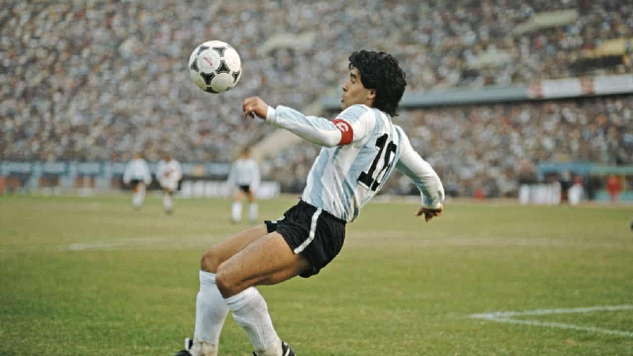 Maradona, Cabrini duro con Napoli: