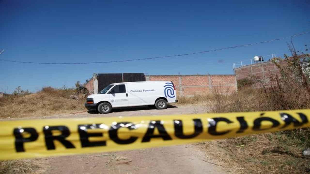 Messico narcos fossa comune