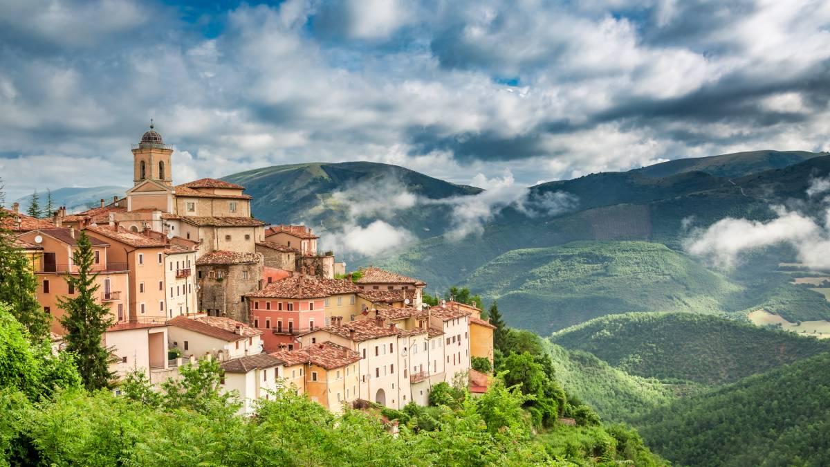 I Borghi più belli d'Italia, la nuova guida con la realtà aumentata