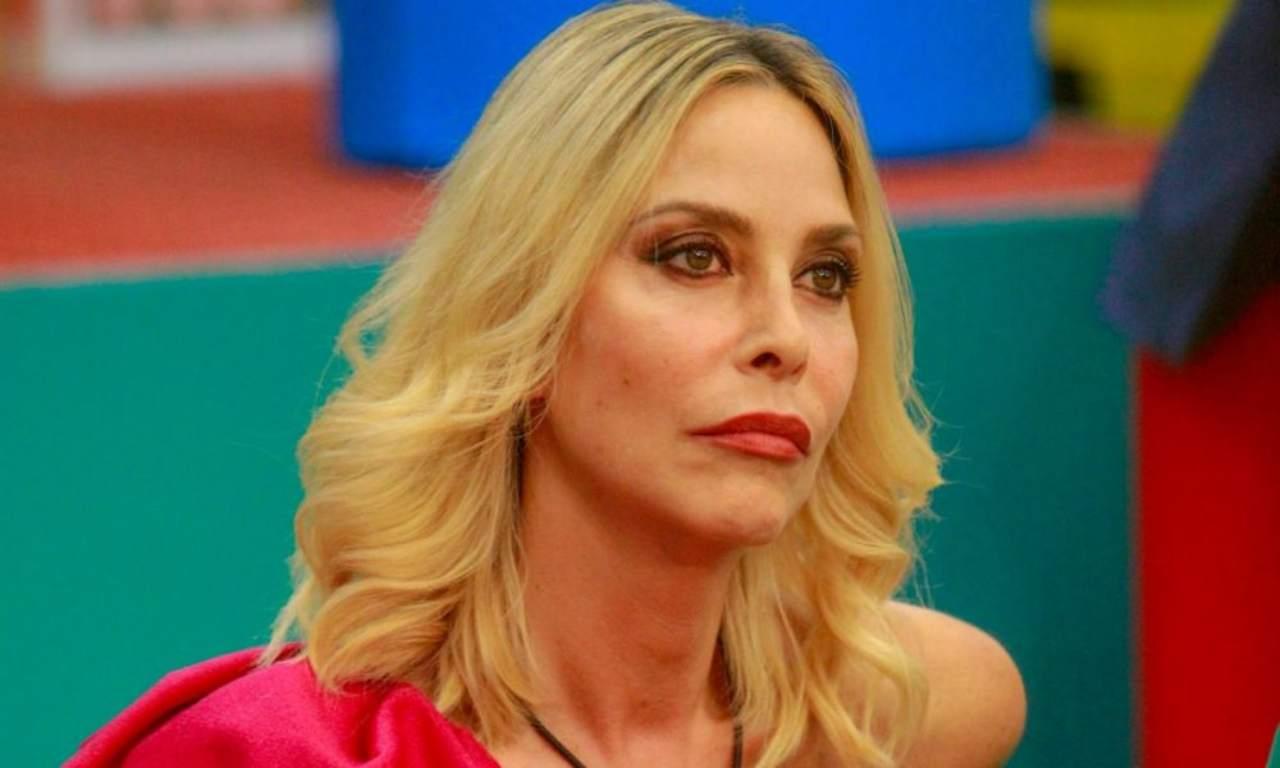 """Stefania Orlando, il marito Simone: """"L'ho sentita, ha pianto per Andrea Roncato"""""""