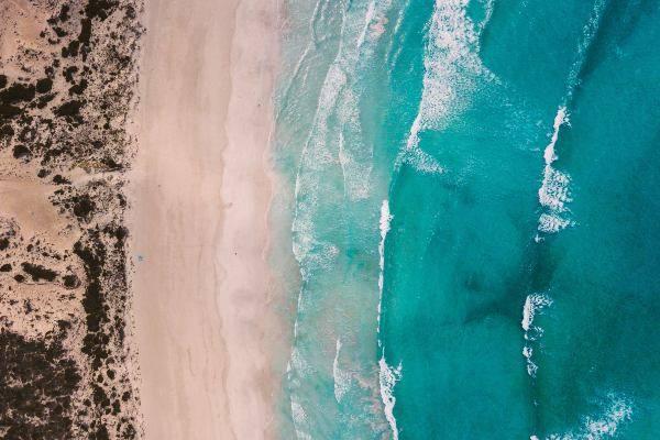 Il mare dall'alto in Australia (unsplash) Natale Australia come festeggia