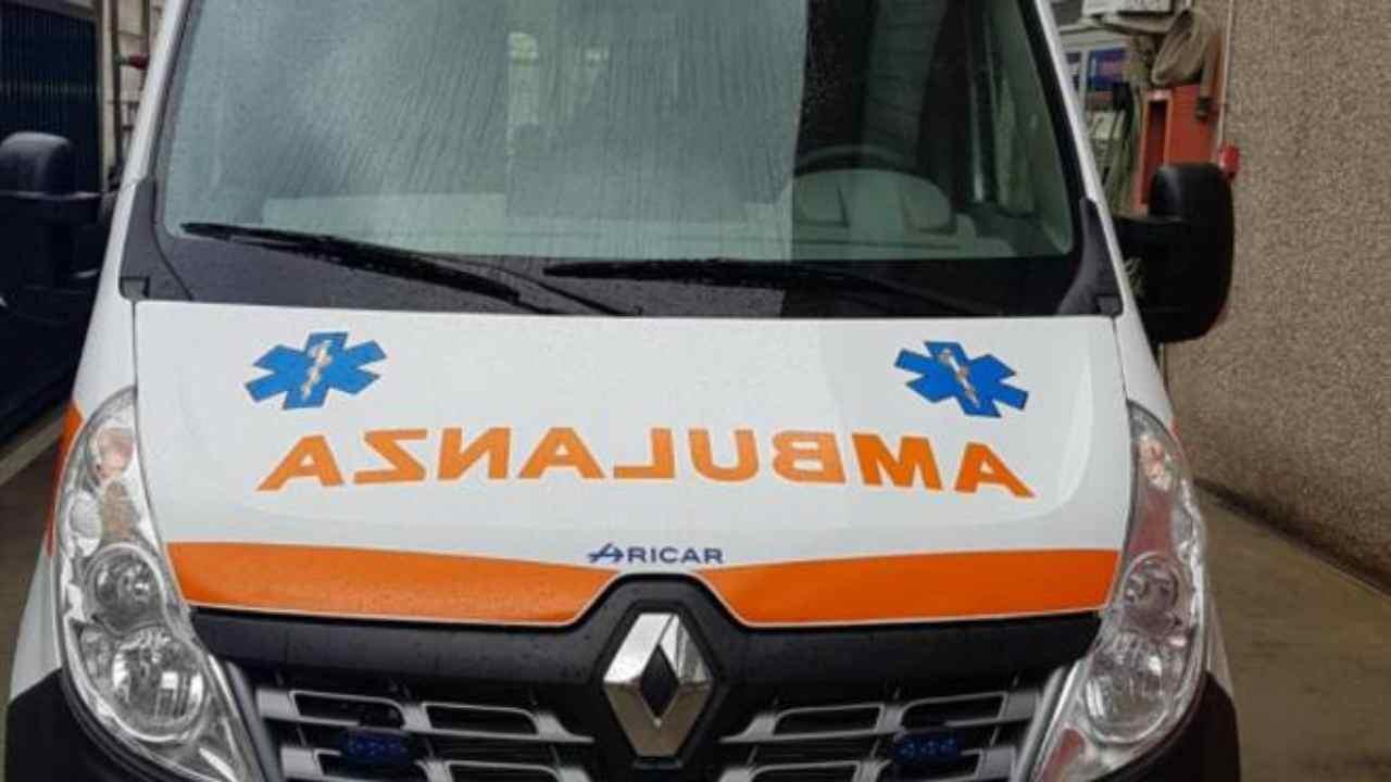 ambulanza mamma morta
