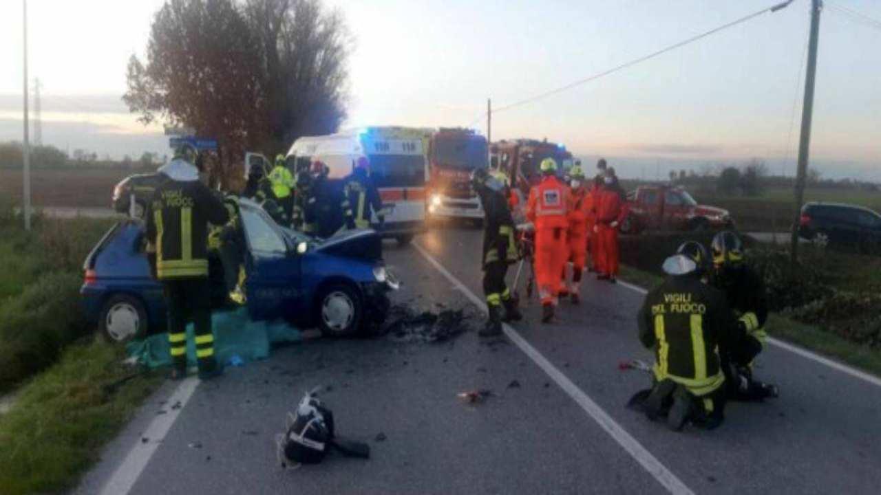 Contromano sulla statale 131 tra Olbia e Nuoro, fermato in tempo dalla polizia