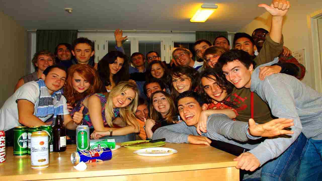 Festa vietata Erasmus studenti