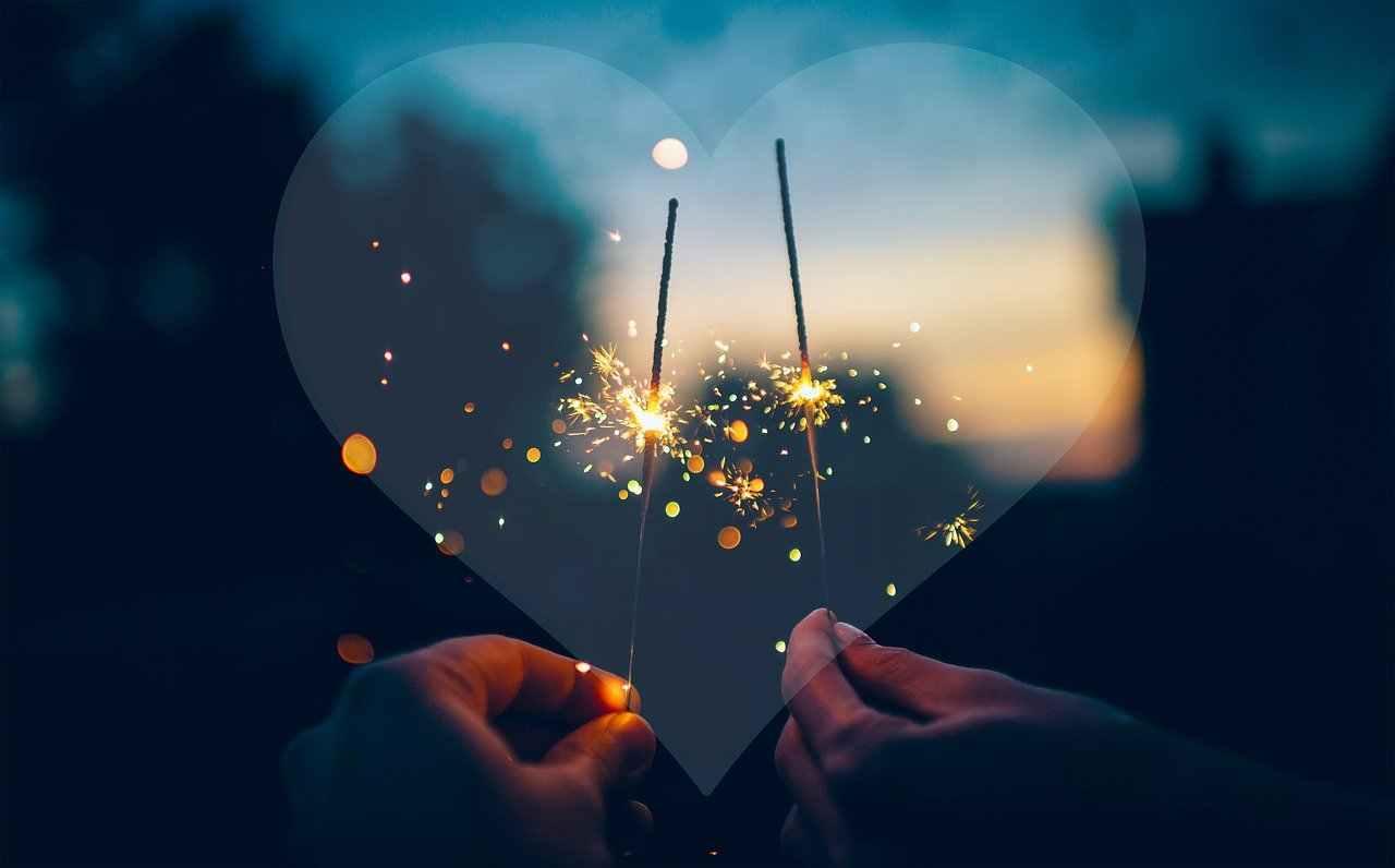 Auguri di buon anno 2021: le frasi più belle da inviare