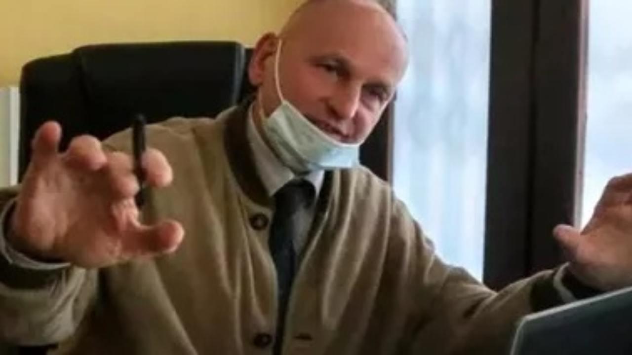 medico negazionista Ivrea