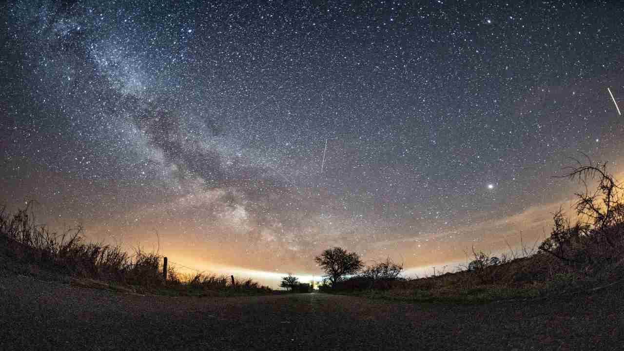 Stella Cometa congiunzione Giove Saturno