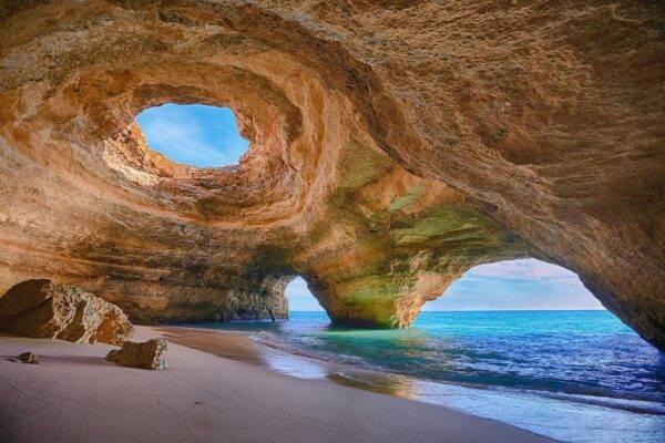 spiaggia e grotta di benagil