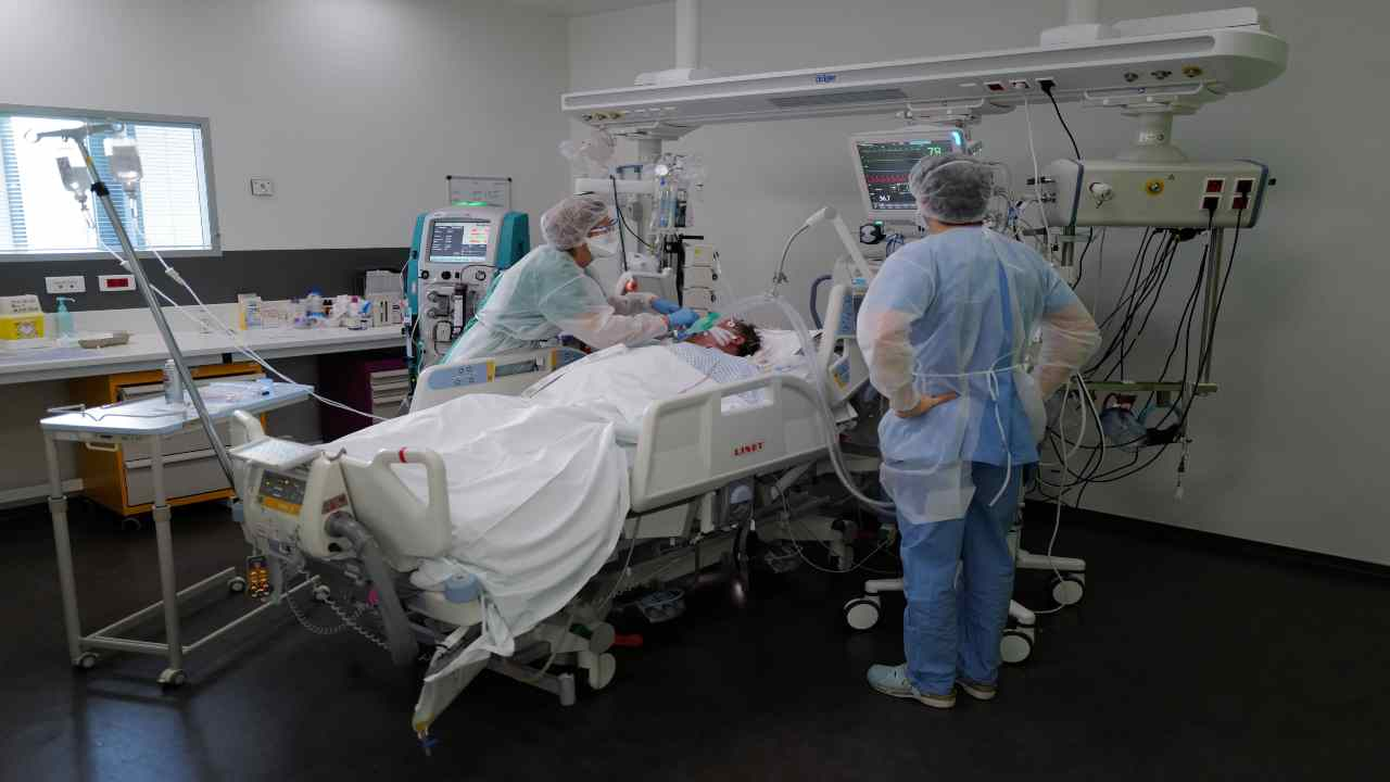 Focolaio in ospedale Ostia