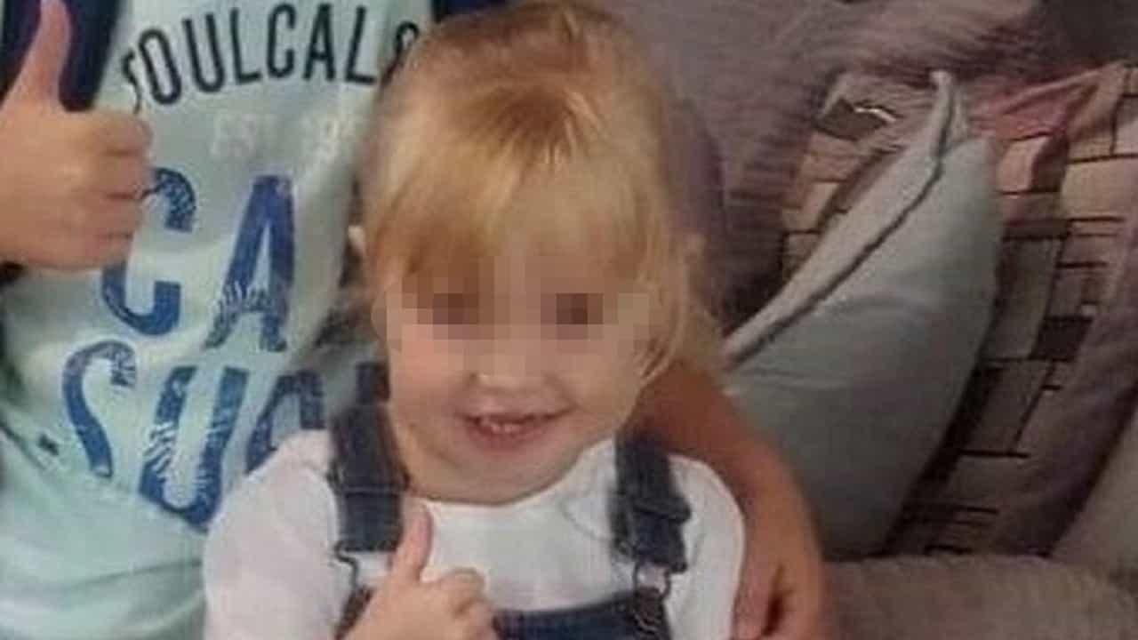 Morta a tre anni durante la vacanza in Turchia: il dolore della mamma