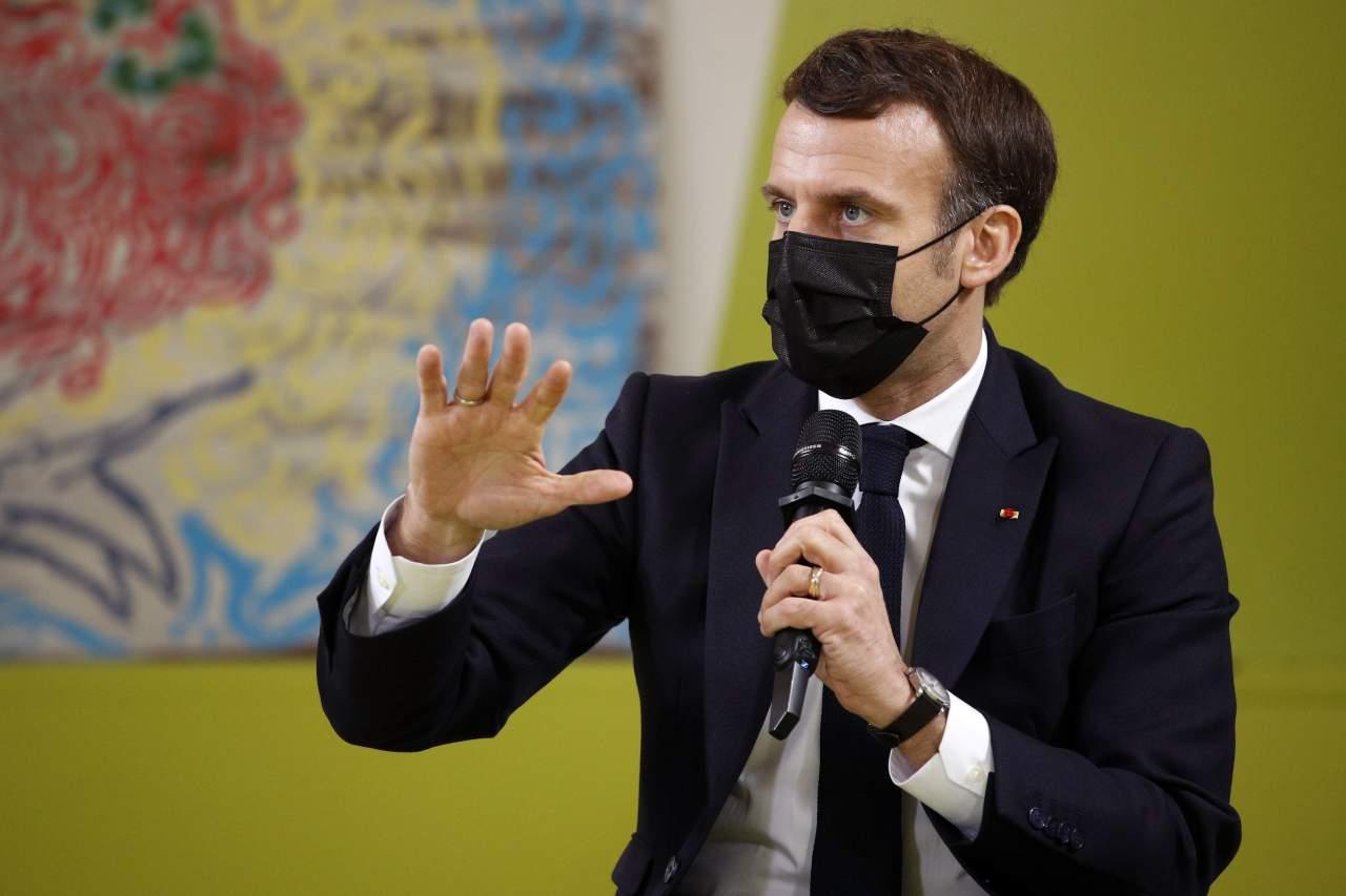 Macron virus francia