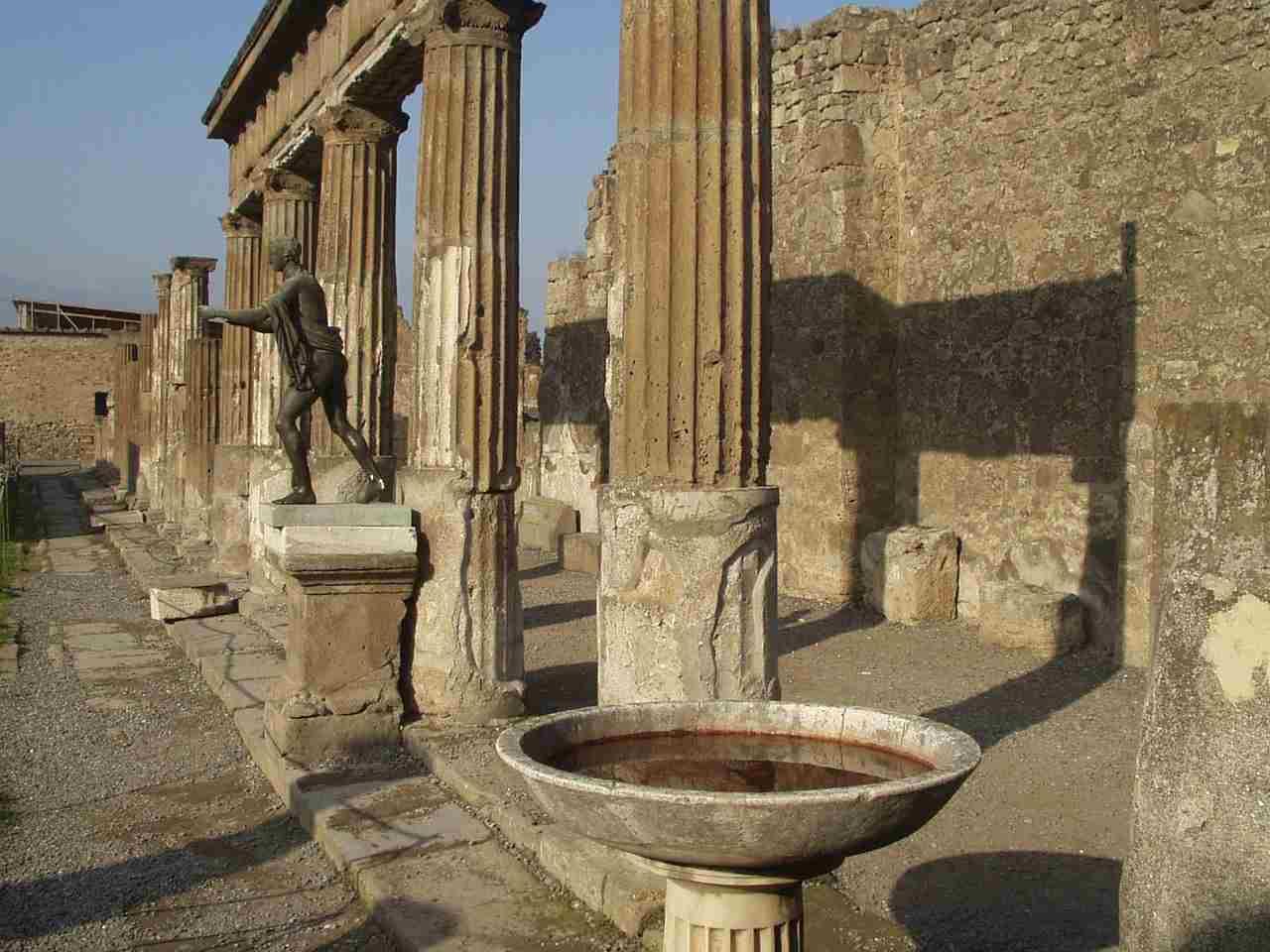 Campania zona gialla musei aperti e gratis